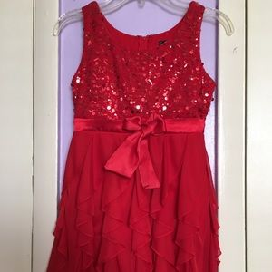 Girls forma dress with sequin and ruffles